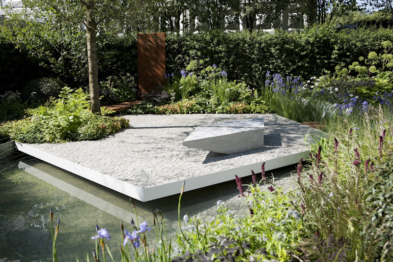 The best gardens at chelsea 2014 design biscuits for Waterscape garden designs